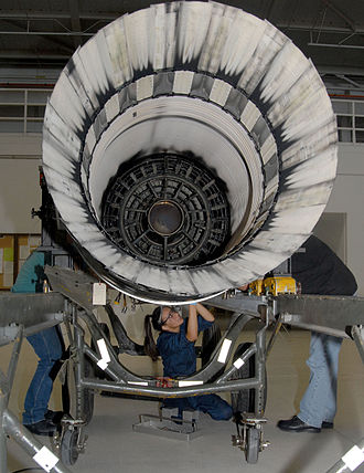 Pratt & Whitney F100 - Afterburner - concentric ring structure inside the axhaust