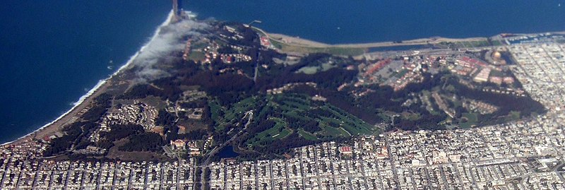 Presidio of San Francisco from the air in 2008.jpg