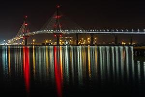 Puente de la Constitución de 1812, Cádiz, España, 2015-12-08, DD 21-24 HDR.JPG