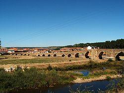 Puente del Paso Honroso en Hospital de Orbigo.jpg
