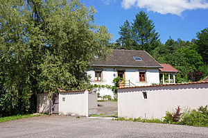 Puits Saint-Georges maison.JPG