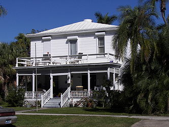 Punta Gorda Residential District house 4.jpg
