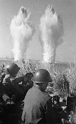 RIAN archive 60680 Sappers during the 1941-1945 Great Patriotic War.jpg