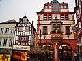 Rathaus und Kronser Schmuck in Bernkastel-Kues - panoramio.jpg
