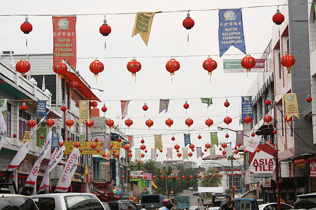 Gaya Street in Kota Kinabalu, Malaysia filled with Chinese lanterns during the New Year celebration.