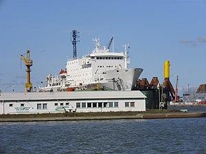 Research ship Akademik Ioffe (1).jpg