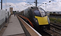 Retford railway station MMB 02 180101.jpg