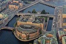Isola wikizionario for Il parlamento italiano wikipedia