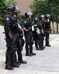 Riot-police-knoxville