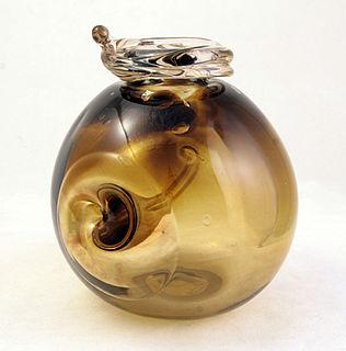 American glass artist