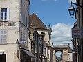 Rue de Lorraine, Beaune - towards Porte Saint-Nicolas (35677782215).jpg