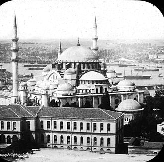 Süleymaniye Mosque - Exterior aerial shot of Süleymaniye Mosque, 1903. Brooklyn Museum Archives, Goodyear Archival Collection