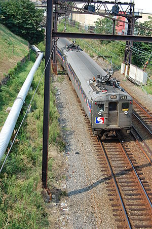 Airport Line (SEPTA) - An Airport Line train after departing 30th Street Station