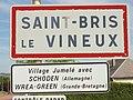 Saint-Bris-le-Vineux-FR-89-panneau d'agglomération-a2.jpg