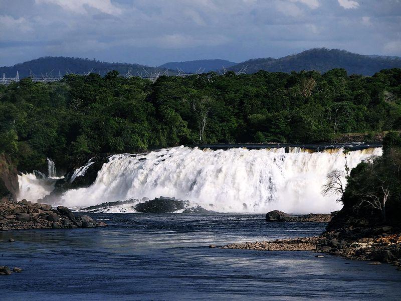 File:Salto la Llovizna -estado Bolívar.JPG