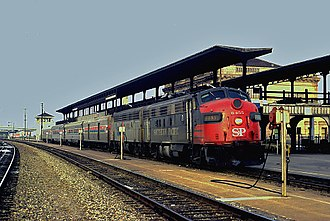 San Joaquin (train) - Ex-Southern Pacific EMD FP7 on the San Joaquin at Oakland in 1975