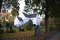 Sandar Kirke fra Landstads plass.jpg