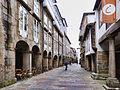 Santiago-En el centro de la Rúa del Villar (15153203137).jpg