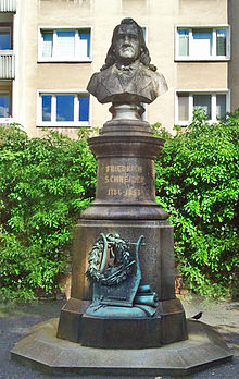 Denkmal im Stadtpark Dessau von Hermann Schubert (1893) (Quelle: Wikimedia)