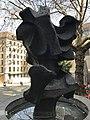 Sculpture-fontaine Rue du Perron (Genève) - 2.JPG