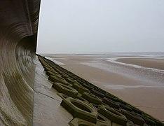 Sea defence wall, Blackpool - geograph.org.uk - 1581357.jpg