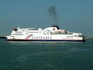 Seafrance Berlioz IMO 9305843 leaving.JPG