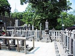 泉岳寺の赤穂浪士の墓