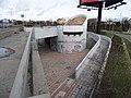 Severní předmostí Hlávkova mostu, rampy z Bubenské (01).jpg