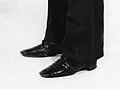 Shoes MET 48.125.144 side bw.jpeg