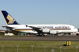 Singapore Airlines Airbus A380 9V-SKD at Sydney Airport.jpg