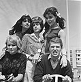 Songfestival te Knokke, de Nederlandse ploeg voor Martine Bijl, Ronnie Tober, a, Bestanddeelnr 919-3387.jpg