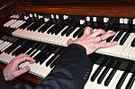 Stadtkulturpreis Hannover 2013 (082) René Rooimans Hammond-Orgel B3.JPG