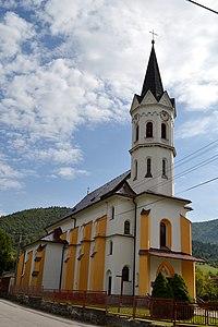 Stankovany kostol 01.jpg