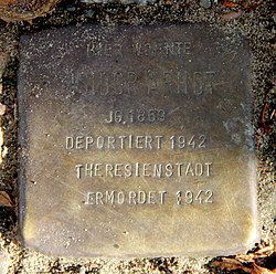 Photo of Isidor Arndt brass plaque