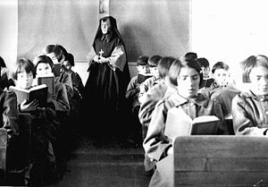 Canadian Indian residential school system - Students of St. Anne's Indian Residential School in Fort Albany, Ontario, ca. 1945