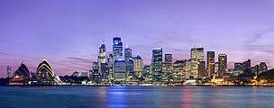 Sydney skyline at dusk - Dec 2008.jpg