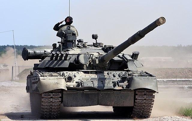 القوات البرية المصرية 640px-T-80U%2C_Engineering_Technologies_2010_international_forum_%282%29