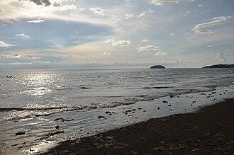 Tanjung Aru - Image: Tanjung Aru Beach and the Islands