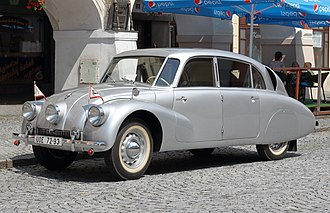 Tatra 87 - Image: Tatra 87 front (Foto Hilarmont)