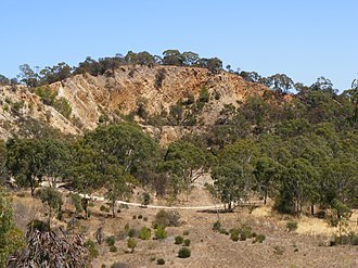 Anstey Hill Recreation Park - Quarry in the northwest of Anstey Hill Recreation Park