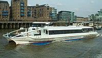 Thames Clipper 9 9 07 kroped.jpg