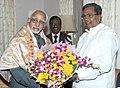 The Chief Minister of Karnataka, Shri Siddaramaiah meeting the Vice President, Shri Mohd. Hamid Ansari, in Bangalore, Karnataka on August 17, 2013.jpg