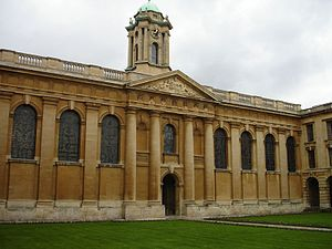 George Clarke - Image: The Queens' College Oxford, quad