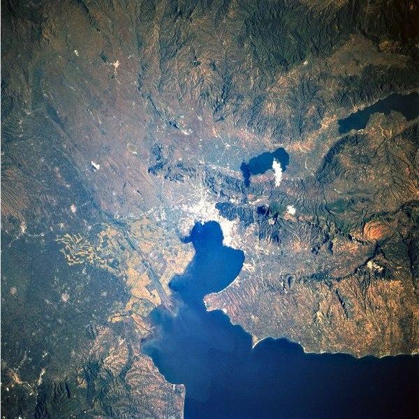 Εικόνα:Thessaloniki Satellite View.jpg