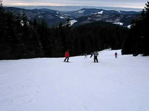 File:Todtnauberg-Winter-07-08-skiing.ogv