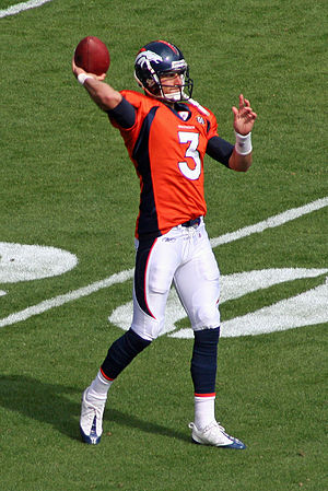Tom Brandstater - Warming up before the game against Dallas on October 4, 2009