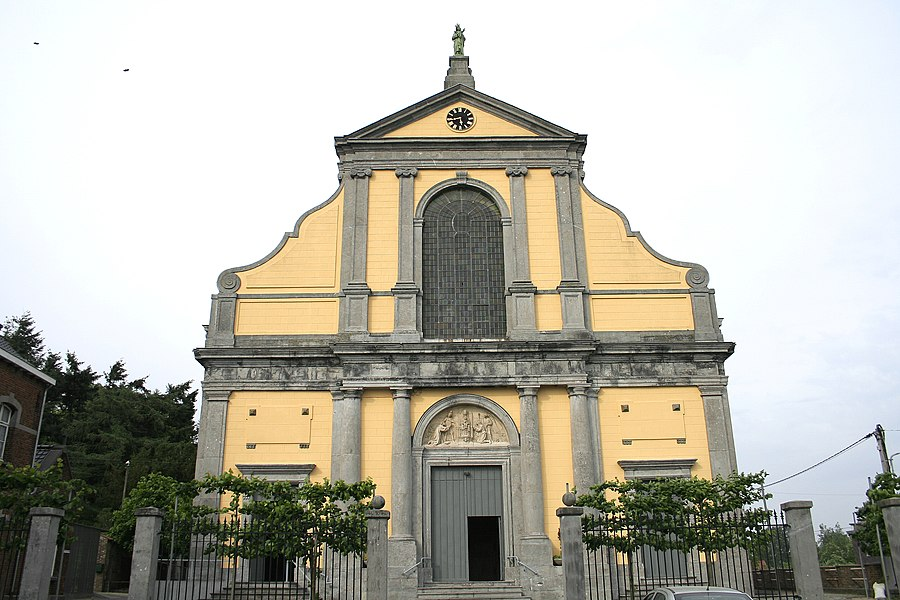 Tongre-Notre-Dame   (Belgium), the smallest basilica of Belgium (1777).