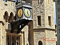 Tower of London Clock - panoramio.jpg