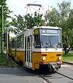 Tram 18 in Budapest.jpg