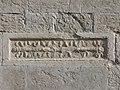 Trento-Duomo-pilastrini romani facciata settentrionale dettaglio 2.jpg